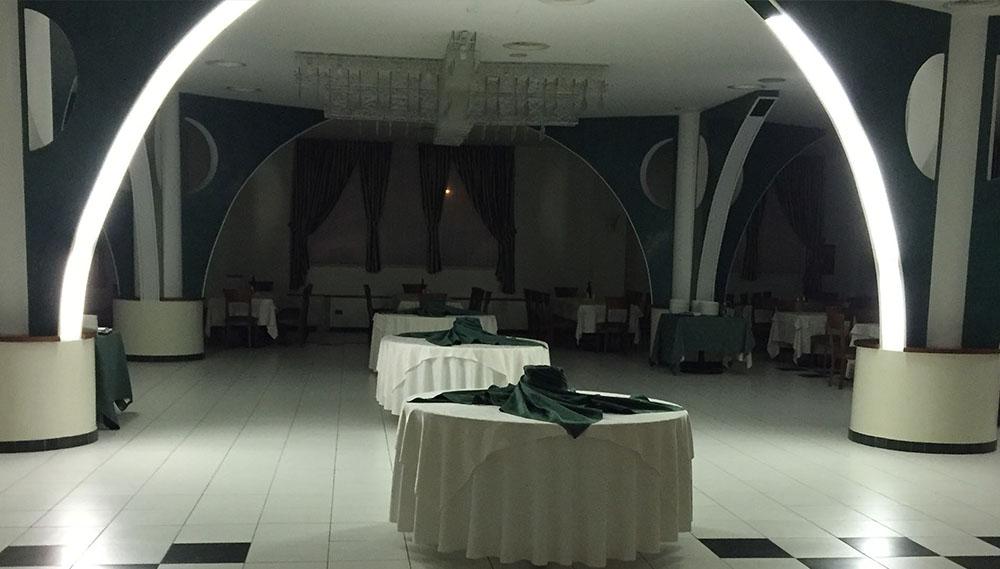 700_posti_ristorante_banchetti_hotel_canadian_l_aquila